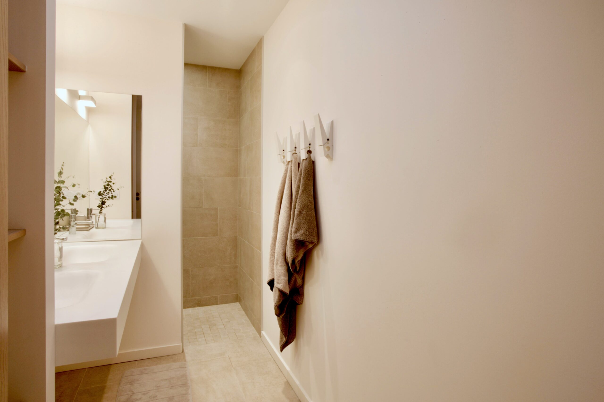 2021 Tricks and Tips for Painting Your Bathroom